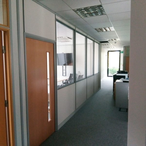 Integrated Blinds Within Glass Partitions Gyc Glass
